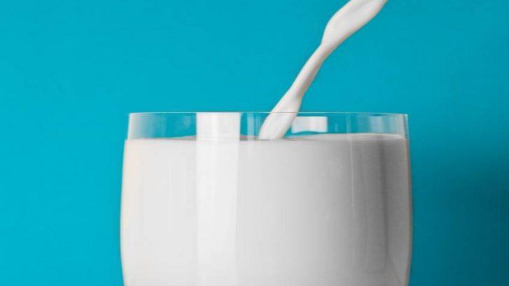 Mlijeko-i-dobrobiti-mlijecne-masti-ayurveda-nutricionizam